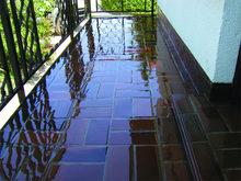Transparentna żywica hydroizolacyjna do tarasów i balkonów